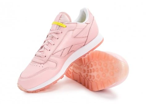 Chaussures Reebok Classic Leather Face Stockholm rose vue avant