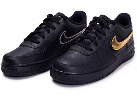 Chaussures Nike Air Force 1 '07 LV8 noir multi swoosh  vue dessus