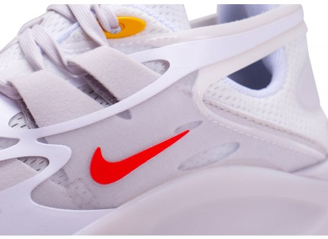 Chaussures Nike Signal D/MS/X blanche et rouge vue dessus