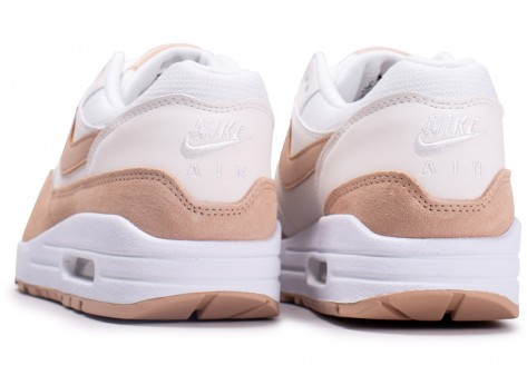 Chaussures Nike Air Max One Blanche et Beige vue dessous