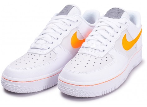 Chaussures Nike Air Force One Blanche et Orange vue intérieure