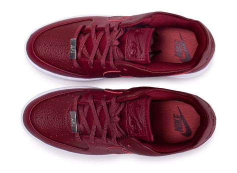 Chaussures Nike Air Force One Sage Low Rouge vue arrière