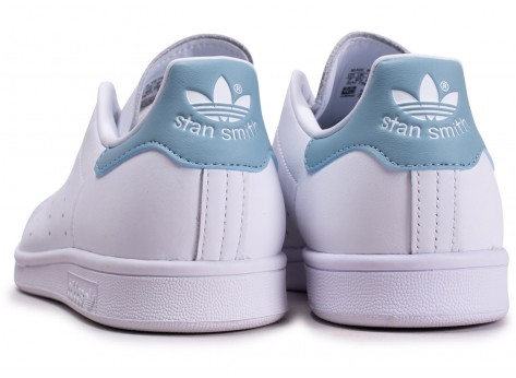 Chaussures adidas Stan Smith Ash Grey vue dessous