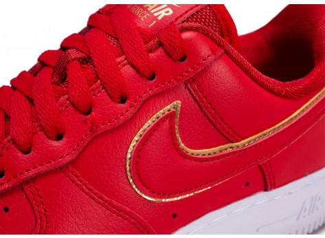 Chaussures Nike Air Force 1 rouge femme vue dessus