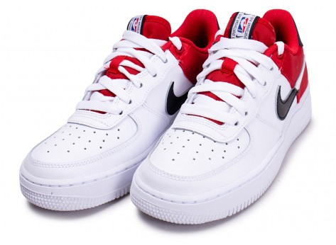 Chaussures Nike Air Force 1 LV8 rouge NBA junior vue intérieure