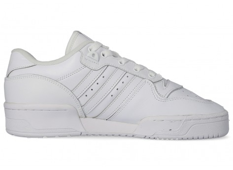 Chaussures adidas Rivalry Low blanc vue arrière