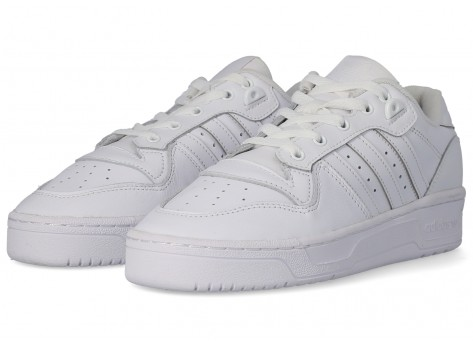 Chaussures adidas Rivalry Low blanc vue extérieure
