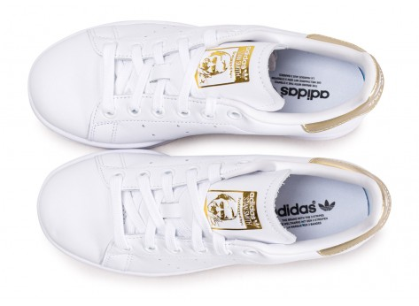 Chaussures adidas Stan Smith blanc or femme vue arrière