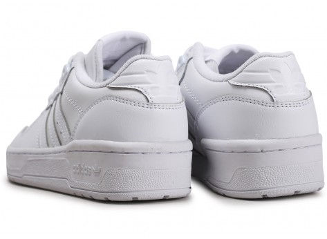 Chaussures adidas Rivalry Low blanc junior vue dessous