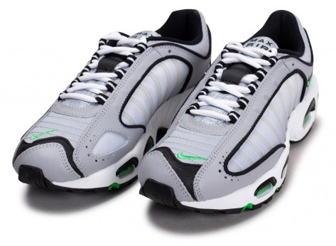 Chaussures Nike Air Max Tailwind IV gris vert vue intérieure