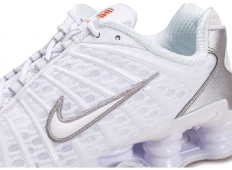 Chaussures Nike Shox TL blanc argent vue dessus