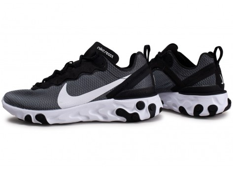 chaussures homme nike react