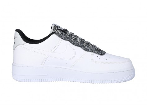 Chaussures Nike Air Force 1 07 LV8 Cool Grey vue avant