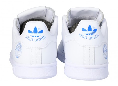 Chaussures adidas Stan Smith WORLD FAMOUS vue dessus
