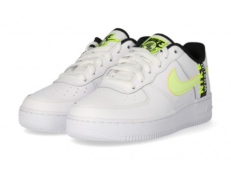 Chaussures Nike Air Force 1 LV8 blanche Volt - Pack Worldwide vue dessous