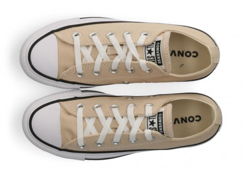 Chaussures Converse Chuck Taylor All Star Low Femme beige vue dessus