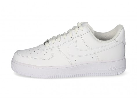 Nike Air Force 1 '07 blanche - Chaussures Baskets homme ...