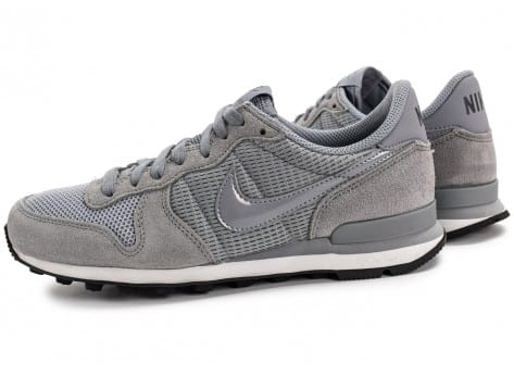 Chaussures Nike Internationalist W grise vue avant