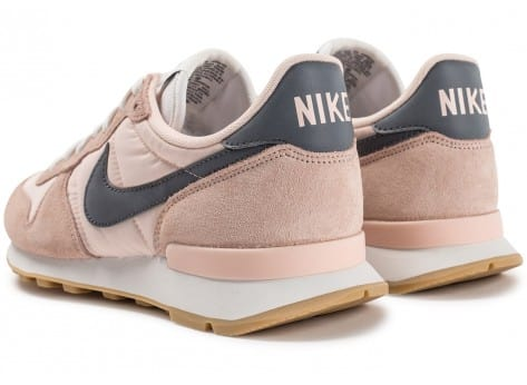 nike internationalist femme grise et rose