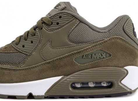 huge selection of cf644 c3e25 ... Chaussures Nike Air Max 90 Essential Medium Olive vue dessus