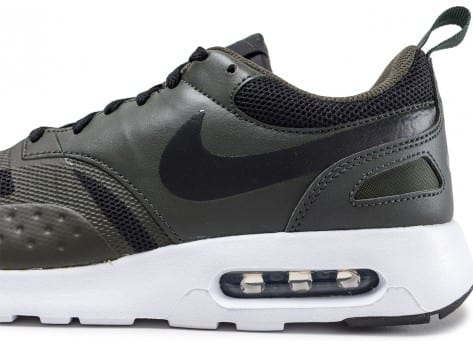 new styles 00e19 b5df1 ... Chaussures Nike Air Max Vision olive vue dessus
