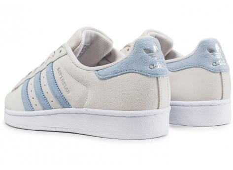 Chaussures adidas Superstar Suede Pearl Grey vue dessous