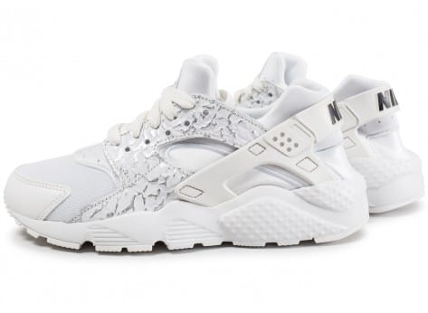 f07db35e902fc Chaussures Baskets Nike femme Huarache Run taille Blanc Blanche Textile  Lacets SYRDzCEVN1