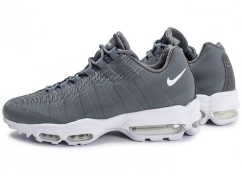 Baskets Air 95 Essential homme grise Ultra Max Nike Chaussures qnRwZd0qx