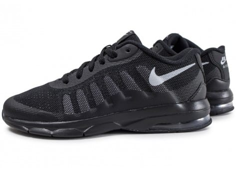 chaussure nike air max invigor fille