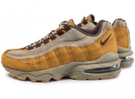 nike air max 95 winter femme sneaker femme Women u0027s nike air max 95  winter shoe camel 880303-700 8b8fdc615e57