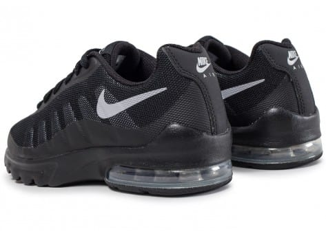 chaussures nike air max invigor