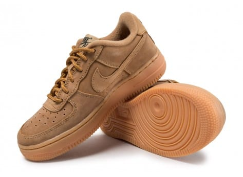 check out c4fee ee164 ... Chaussures Nike Air Force 1 Winter Premium GS Flax vue avant ...