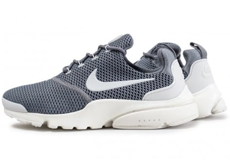Chaussures Nike Presto Fly grise vue extérieure