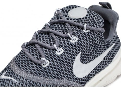 Chaussures Nike Presto Fly grise vue dessus