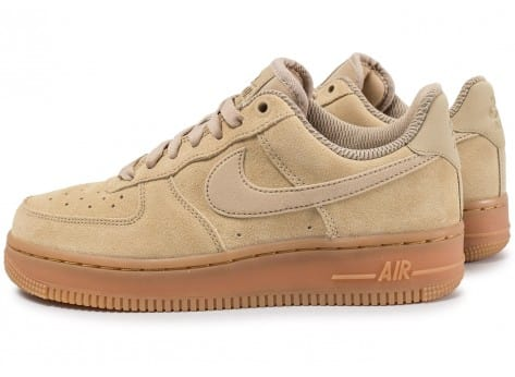 Nike Air Force 1 Low 07 SE W beige 5 1 avis