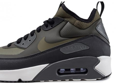 new style 1eccb 58018 ... Chaussures Nike Air Max 90 Ultra Mid Winter vue dessus