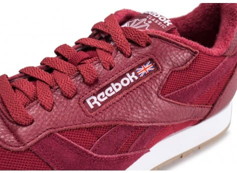 Chaussures Reebok Classic Leather Essential rouge vue dessus