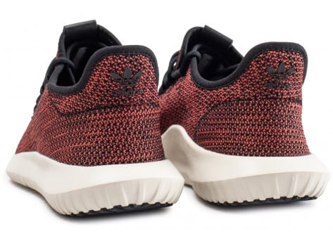 Chaussures adidas Tubular Shadow rouge vue dessous