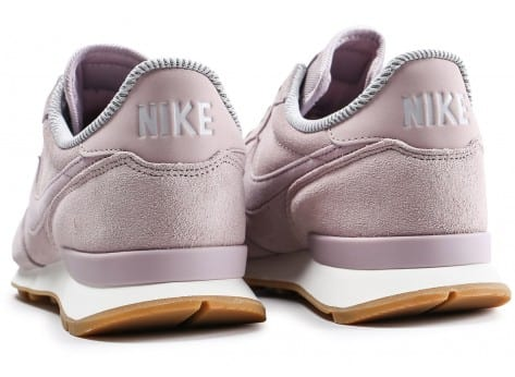 Chaussures Nike Internationalist rose vue dessous