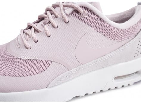 Chaussures Nike Air Max Thea  LX rose et blanche vue dessus