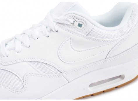 Chaussures Nike Air Max 1 blanche vue dessus