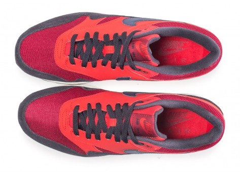 Chaussures Nike Air Max 1 rouge vue arrière