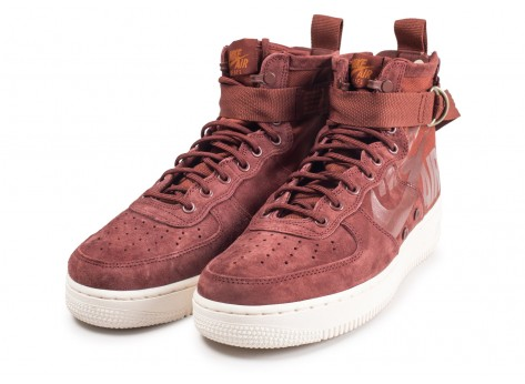 Chaussures Nike SF Air Force 1 Mid marron vue intérieure