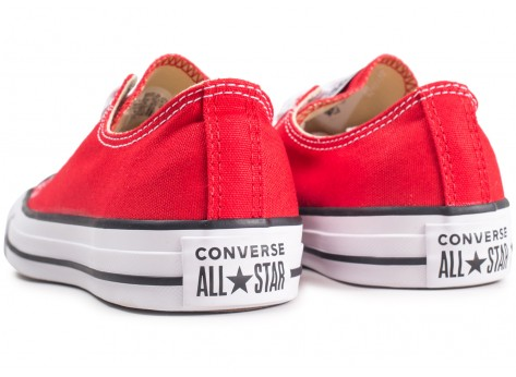 Chaussures Converse Chuck Taylor All Star Low rouge vue dessous