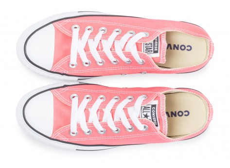 Chaussures Converse Chuck Taylor All Star low rose clair vue arrière