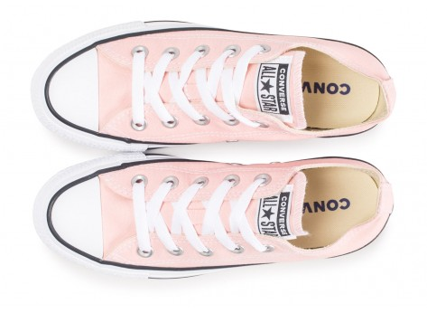 Chaussures Converse Chuck Taylor All Star Low rose  vue arrière