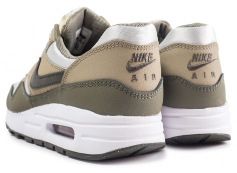 Chaussures Nike Air Max 1 Medium Olive junior vue dessous