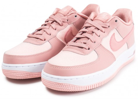 Chaussures Nike Air Force 1 LV8 rose junior vue intérieure