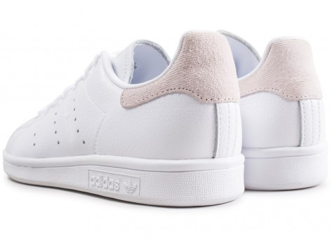 Chaussures adidas Stan Smith blanche femme vue dessous