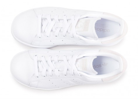 Chaussures adidas Stan Smith blanche femme vue arrière